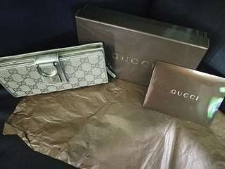 🚚 Authentic Pre-loved Gucci Wallet