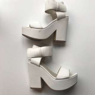 White platforms Size 6