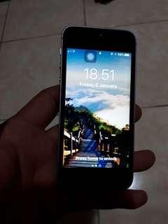 iPhone SE 16gb space grey bonus Otter