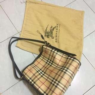 Premium BURBERRY handbeg