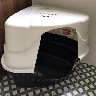 Jumbo Corner Cat Litter Box