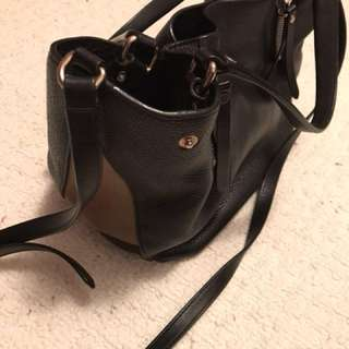 Authentic Burberry small Maidstone bag