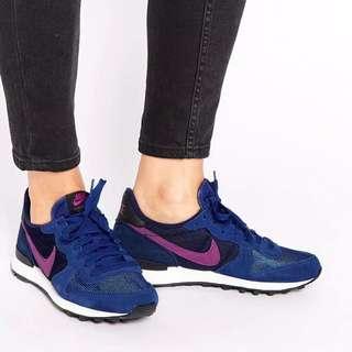 Nike Internationalists Womens