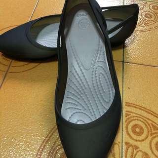 Crocs womend shoes size 7