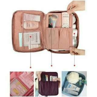 travel make up/toiletry organizer pouch