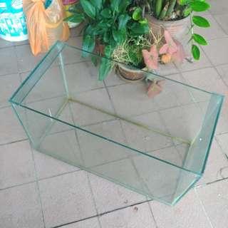 Fish tank aquarium 60cm x 30cm x 30cm