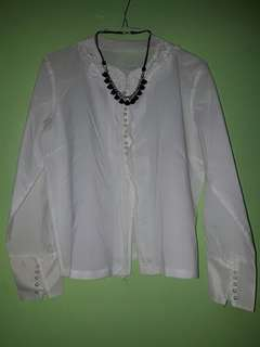 Pearl White Top (free accesories kalung cantik)