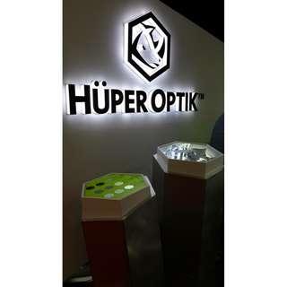Huper Optik Kaca Film Premium Berbahan Nano-Ceramic (kaca depan mobil)