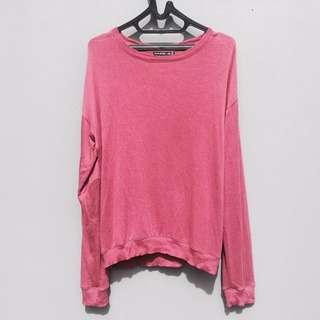 Berskha red crewneck / sweater