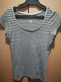 Comfy top stripped