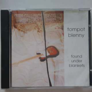 To pot Blenny - found under blankets cd