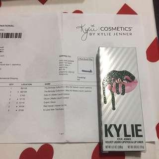 Kylie Jenner Velvet & Lip Liner Red Velvet