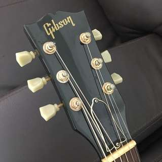 27 Yr old Gibson J-45 (1990 US production)
