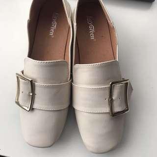 🚚 平底包鞋