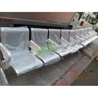 5 SEATER CHROME GANG CHAIR - INDIVIDUAL ARMREST--KHOMI
