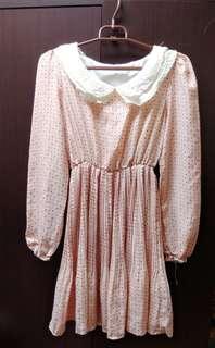 🚚 復古點點粉色洋裝