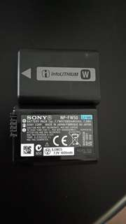 2 unit of Sony NP-FW50 Lithium Ion Rechargeable