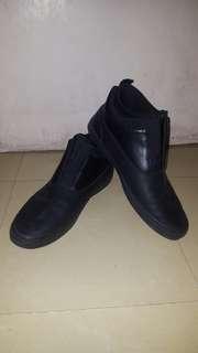 ALDO Elastic shoes