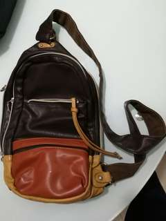Ice Fire 男 單肩包 胸包 背囊 可放iPad  Sling Bag