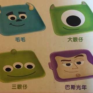 7-11 Disney 迪士尼 Pixar 之星陶瓷碟 毛毛 大眼仔 三眼仔 巴斯光年 各$25隻