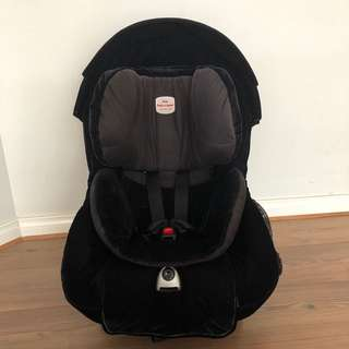 Britax Safe and Sound Meridian AHR