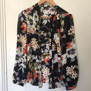 MAX floral Button Up Long Sleeve Blouse