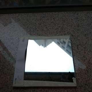 Ikea 拼接鏡