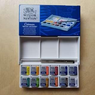 WINSOR AND NEWTON Sketchers' Pocket Box × 12 Half Pans