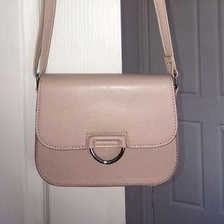 Nude long-strap handbag