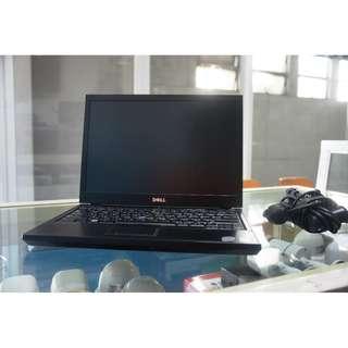 Lapop Dell Latitude e4300 (Core 2 Duo 2.26 )
