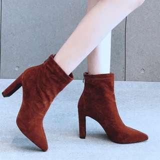 絲絨面尖頭女靴春秋單靴2017新款韓版粗跟馬丁靴女高跟短靴后拉鏈