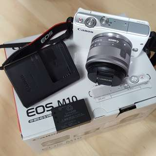 CANON EOS M10 with Lens 15-45mm (Used)