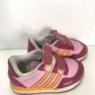 Adidas original baby girl shoe