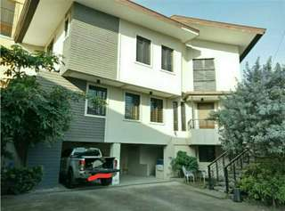 3 Storey House & Lot with Warehouse