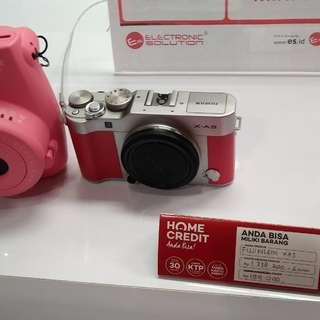 Fujifilm XA3 Bisa Dicicil Bunga 0% Cukup Bayar 199.000