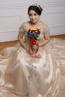 Gown wedding