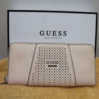 Guess Wallet Original•Peach!