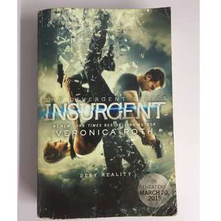 Insurgent (2nd book of the Divergent Series)