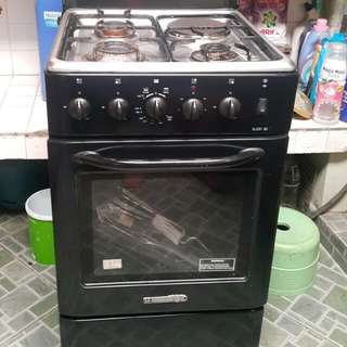 Gas range for sale
