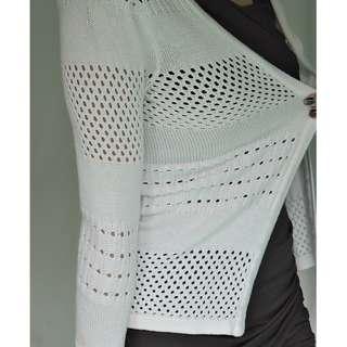H&M white knit cardigan