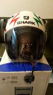 SHARK法國白色安全帽
