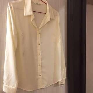 Net米白透膚襯衫 #冬季衣櫃出清