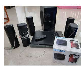 *Like New* Philips 5000 Series Home Theatre System with 5 speakers + 3D Blu-Ray Player