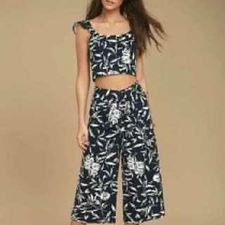 Black crop Top floral pants terno