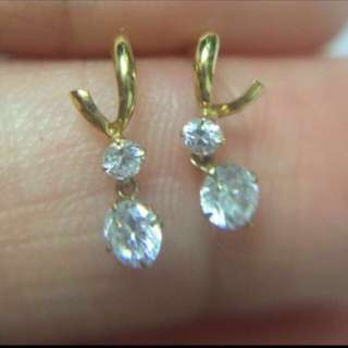 日本製 全新純K18 鋯石 迷你耳釘  Made In Japan 100% Real & new 18K Yellow Gold Mini Size Stud Earring