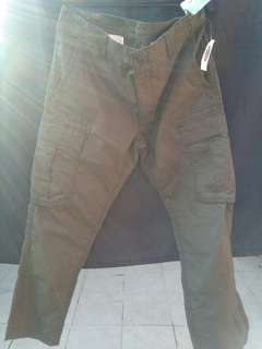 Brand new Old Navy cargo pants