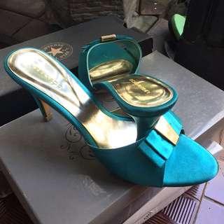 Urban & Co Sandals Heels