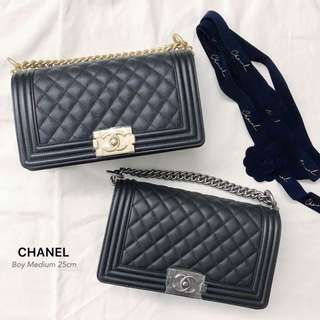 CHANEL Boy Medium 25cm