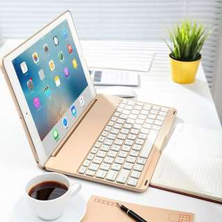 iPad 9.7 Keyboard Case - BRAND NEW