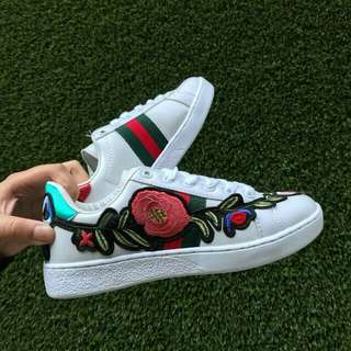 🔥Gucci Floral White (Red Green)